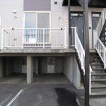 階下に駐車場・物置があります。